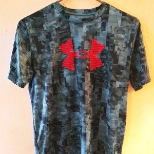 Under Armour logo tshirt YXL